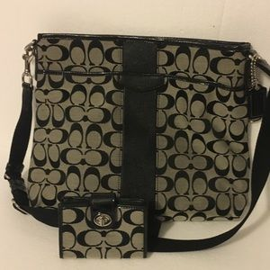 Authentic Brown & Black coach purse. Look Closet